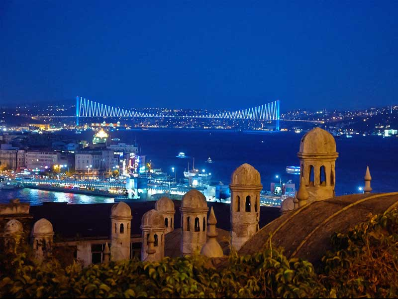 Financial Times; 5 reasons to live in Istanbul