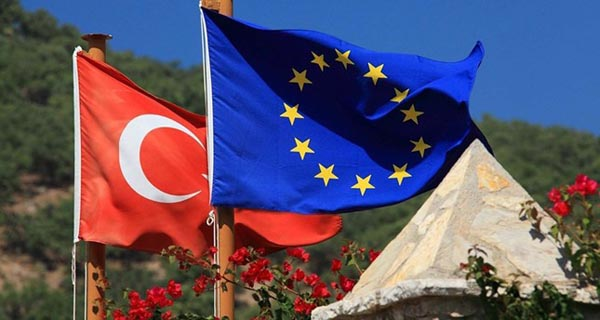 Turkey has right to cancel readmission deal if visa-free travel to EU not granted