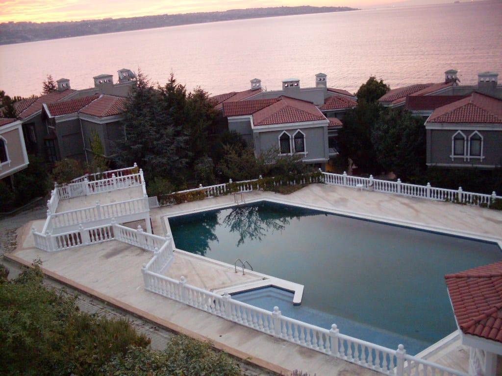 Sea View Villa in Istanbul Buyukcekmece Mimaroba